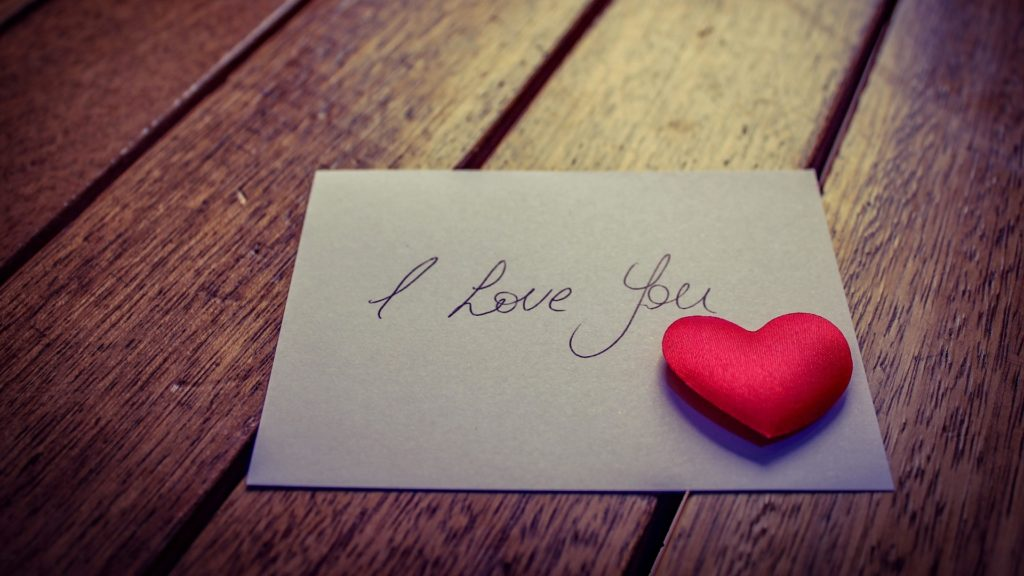 Digital Media Has Changed The Way We Celebrate Valentine's Day (3)